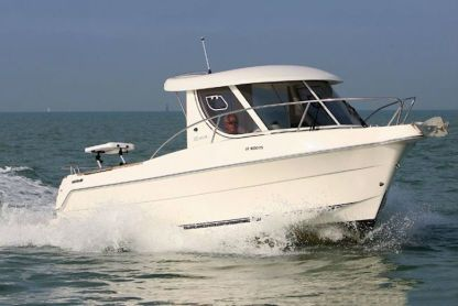Charter Motorboat Quicksilver 230 Arvor As Trebeurden