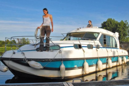 Rental Houseboat Nicols Sedan 1160 N Brienon-sur-Armançon