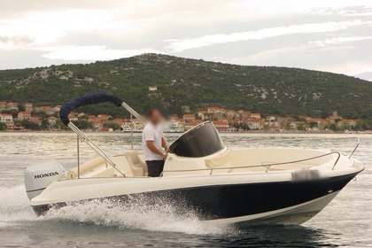 Hire Motorboat Insidias Marine HM 22 Open Split