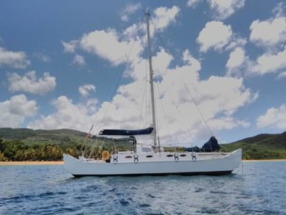 Location Catamaran Wharram Pahi 42 Port-Louis