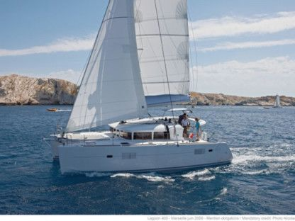 Location Catamaran Lagoon Lagoon 400 S2 Ajaccio