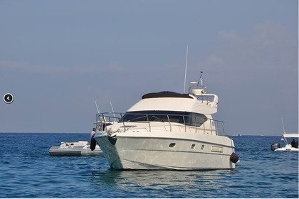 Rental Motorboat AZIMUT 44 Heraklion