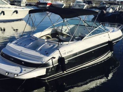 Charter Motorboat Four Winns 245 Juan les Pins